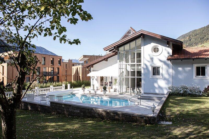 Villa 10****, holiday rental in Otztal