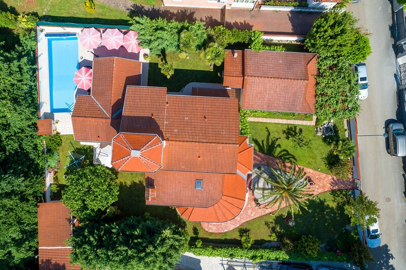 Villa Little Castle, holiday rental in Rosini