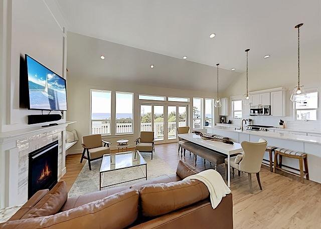 Drift Away | Olivia Beach | All-Suite, Private Hot Tub, Decks | Walk to Beach, alquiler de vacaciones en Lincoln City