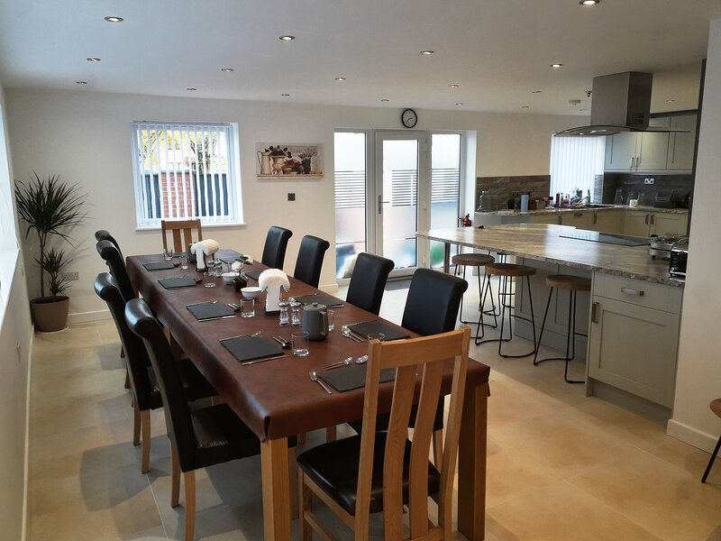 Luxury Self Catering Holiday Home in Nottingham, holiday rental in Sandiacre