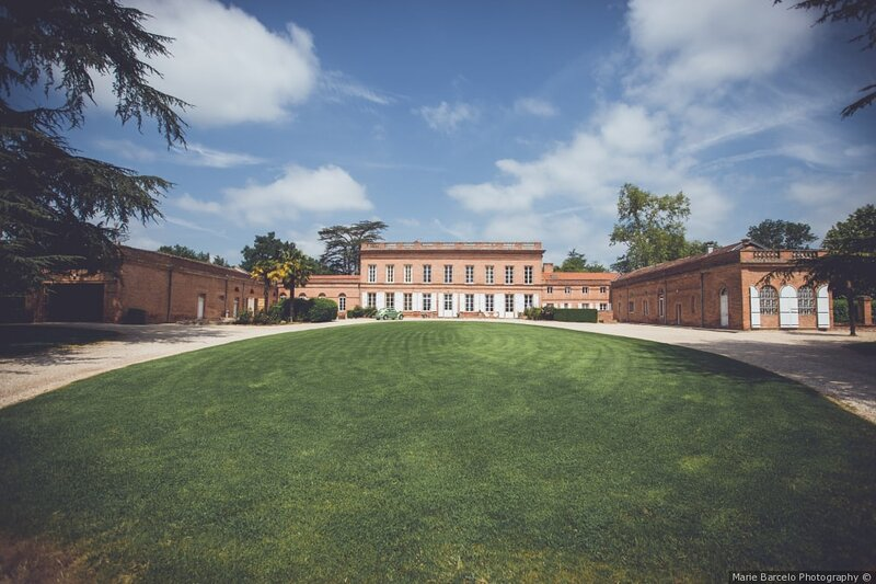 Gîte dans château 18-19e avec piscine, alquiler vacacional en Boudou