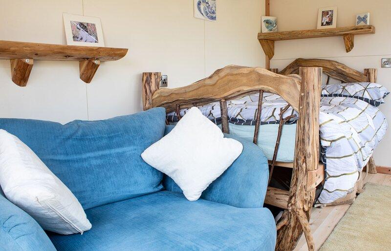 Glendale Studio Pods - Blue Skye, holiday rental in Trumpan
