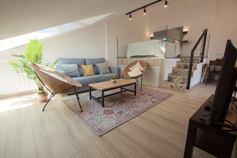 EXCLUSIVO APARTAMENTO/ESTUDIO ESTILO NORDICO-AZUL, casa vacanza a Solares