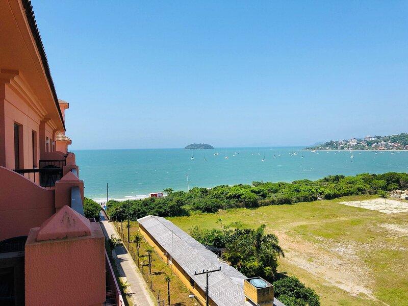 Estudio Vista Mar em Resort Pé Na Areia JBV455, aluguéis de temporada em Santo Antônio de Lisboa