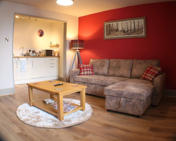 Immaculate 1 Bed Apartment in Pitlochry, Scotland, holiday rental in Blair Atholl