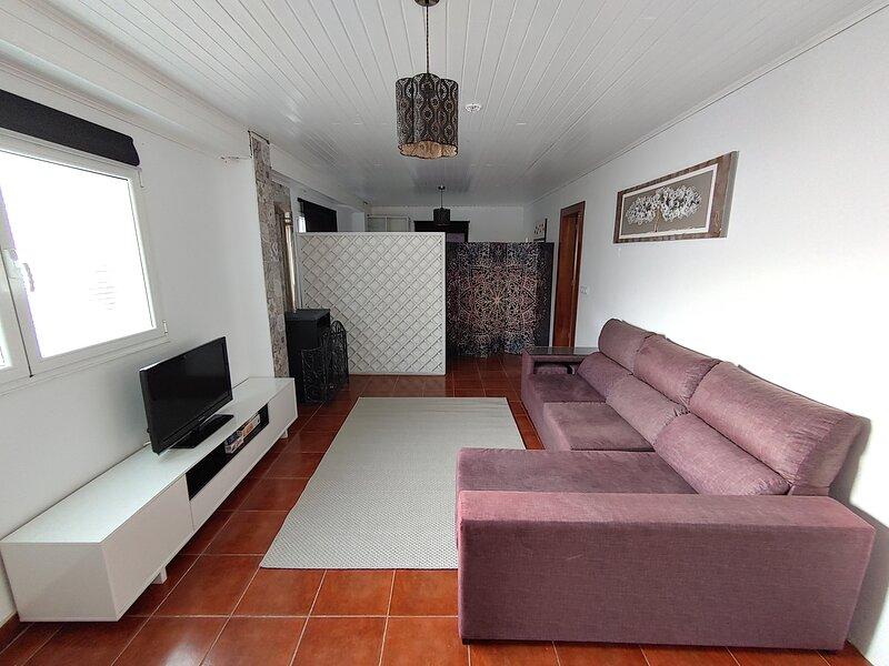 Casa Athena con jacuzzi-spa, holiday rental in As Madorras