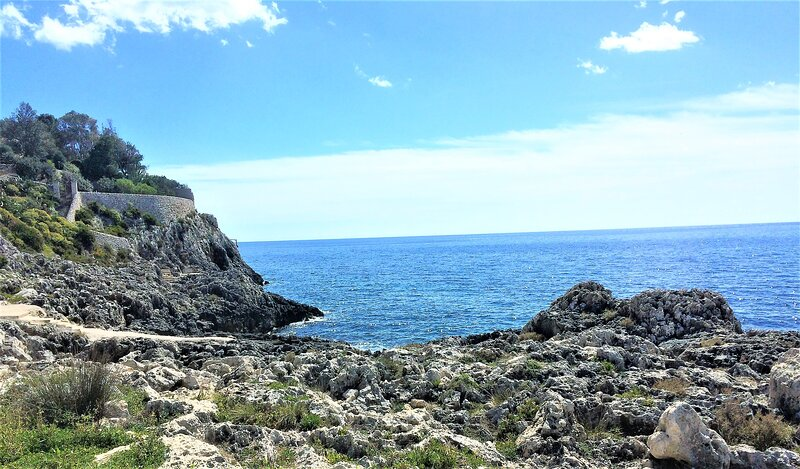 Coastal Villa Enza I 48 mt From The Sea, holiday rental in Plemmirio