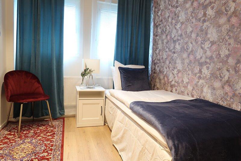 Best location in Sodermalm Stockholm, comfy guest room single bed 10m 2 – semesterbostad i Lidingö