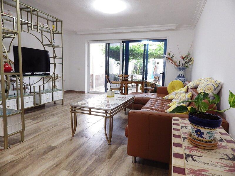 4 bedroom townhouse in peaceful location, alquiler de vacaciones en Adeje