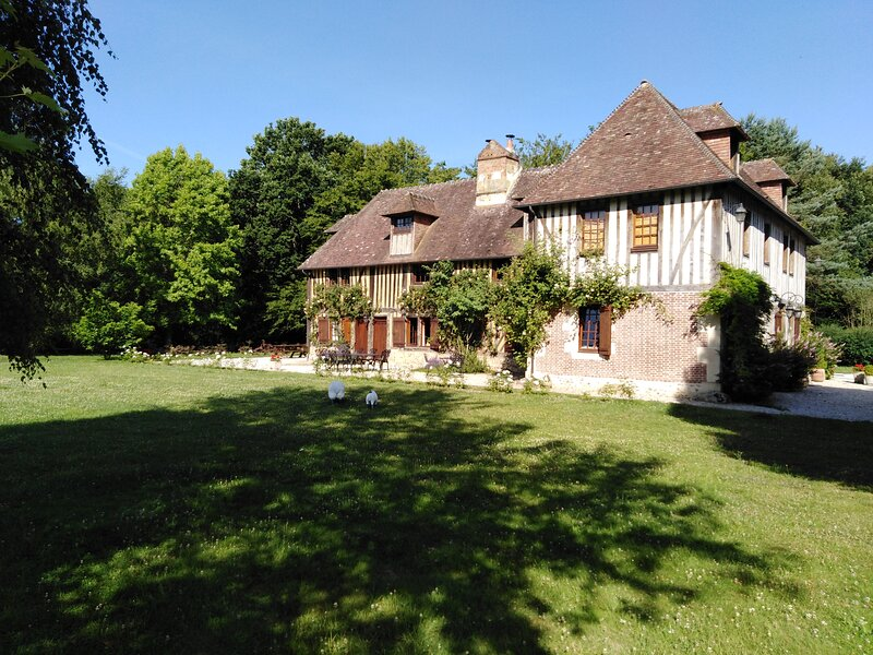 Manoir du Bocage - Luxury  17th century  Manor House -  Fervaques/ Normandy, holiday rental in Orbec