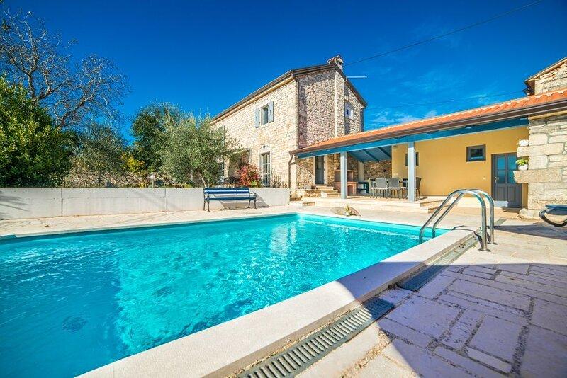 Villa Ava, vacation rental in Baderna