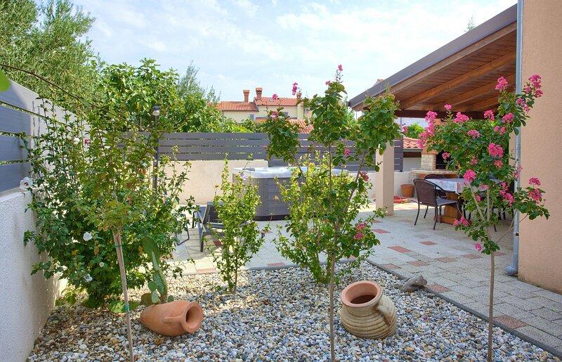 House Bernarda, holiday rental in Kornic