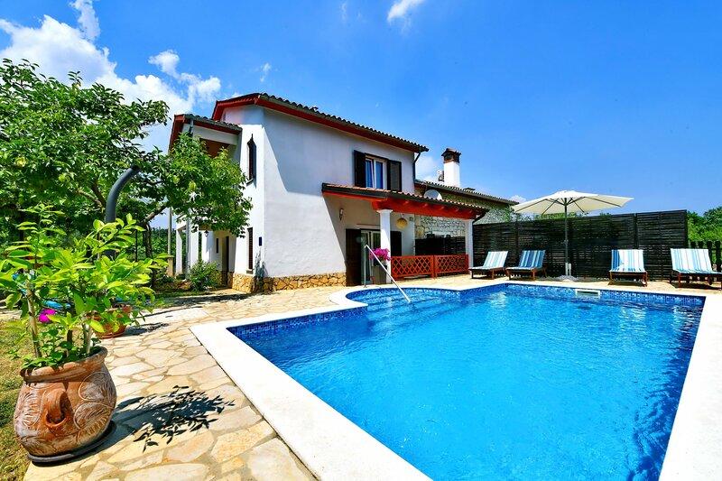 House Marija, holiday rental in Kunj