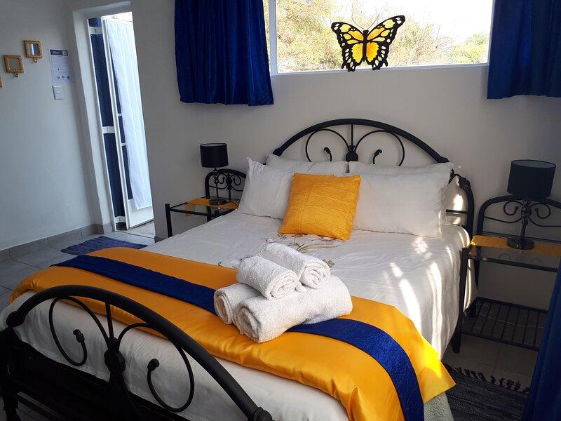 Luxury Accommodation 12 minutes from OR Tambo Airport, alquiler de vacaciones en Brakpan