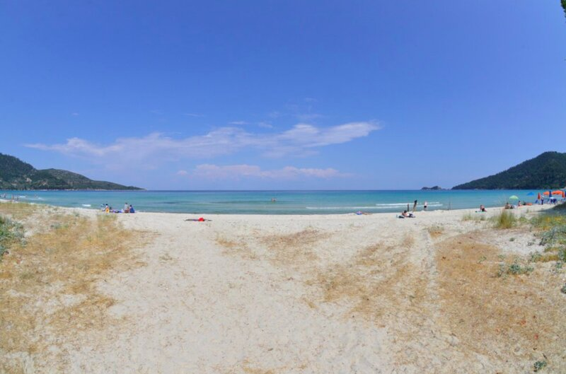 Hotel Georgia - Beautiful room in golden beach in Thassos island, holiday rental in Kinyra
