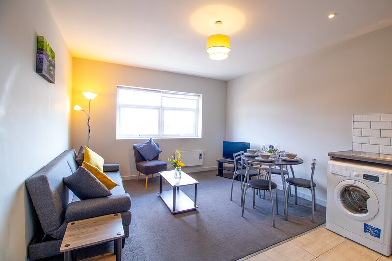 Impeccable 1-Bed Apartment in Sunderland, vacation rental in Sunderland