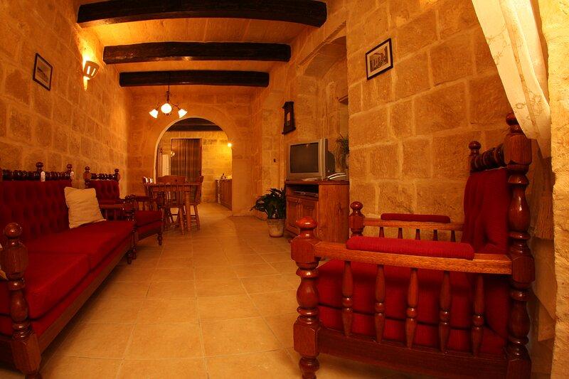 3 bedroom house of character in Rabat near Mdina, aluguéis de temporada em Mdina