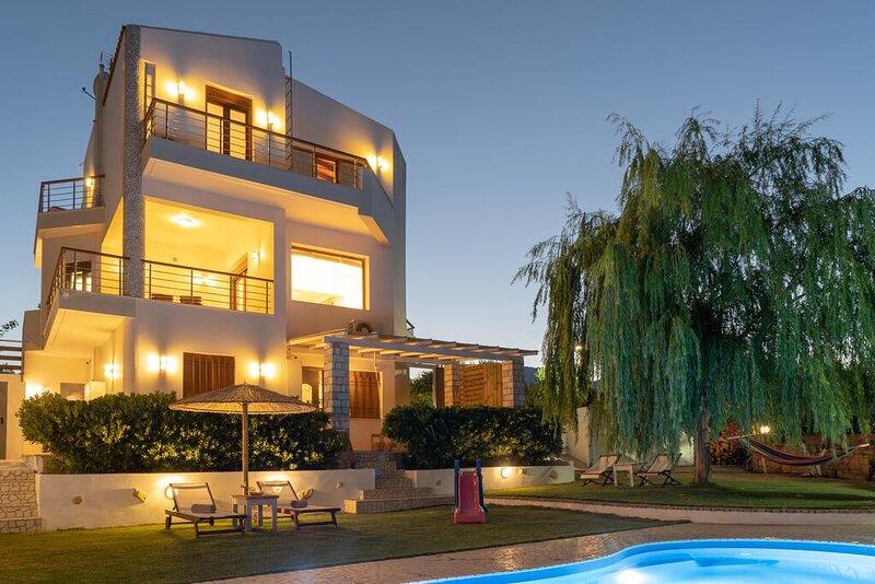 Villa Dolce Evita, holiday rental in Pefki