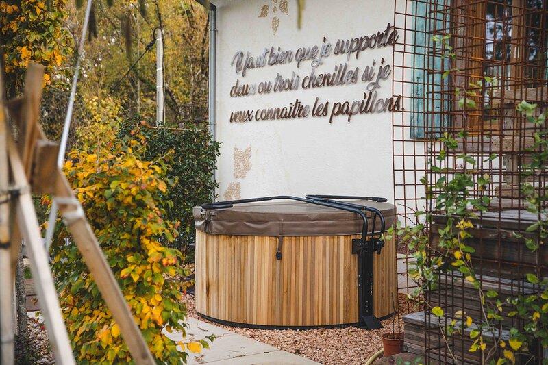 Le Grand Petit Prince Gîte Charmant - Maison 2 personnes - Jacuzzi, alquiler vacacional en Soultzmatt