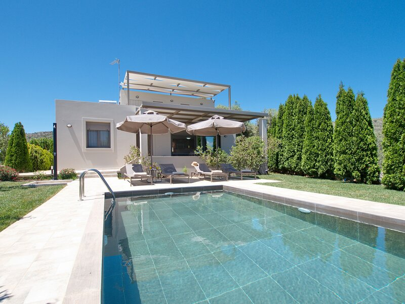Villa Xagnado, holiday rental in Kato Valsamonero