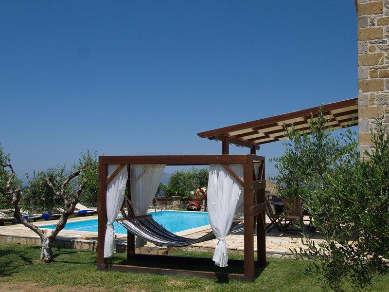 Villa Kyriaki, holiday rental in Kakopetros