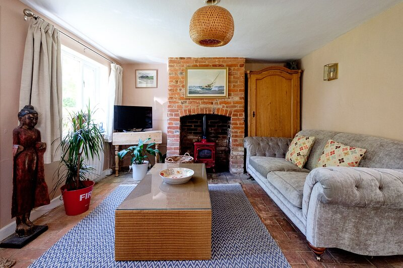 2 The Sands, holiday rental in Friston