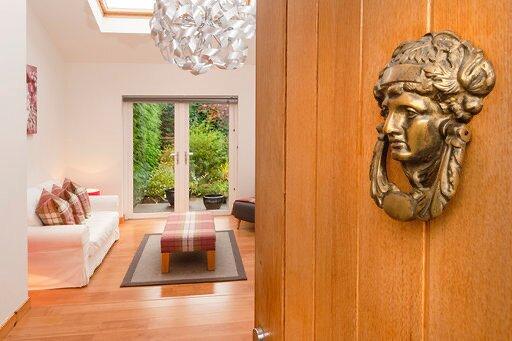 Shamerbrea Garden Suite & Cleikum Social Eating Club, holiday rental in Farr