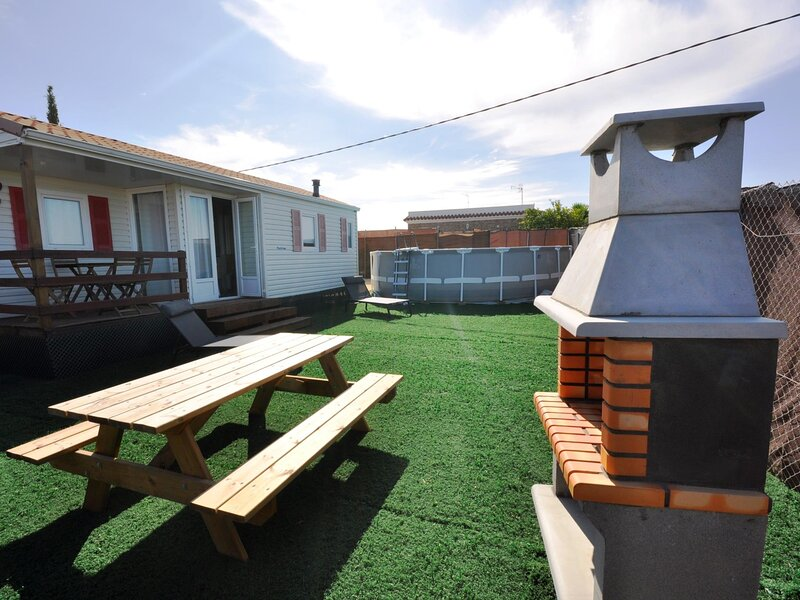 Bungalow with private pool, A/C and BBQ III, holiday rental in Roche