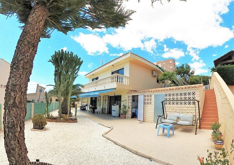 CHALET INDEPENDIENTE EN CABO DE PALOS, alquiler de vacaciones en Cabo de Palos