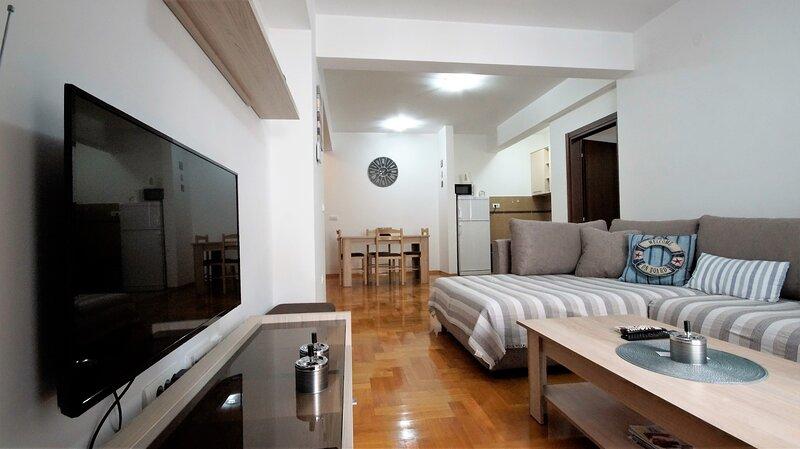 Comfortable apartment Zaklina Bečići - Two bedroom apartment – semesterbostad i Becici