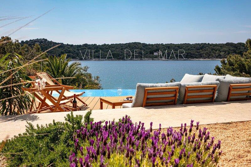 Villa del Mar Deluxe Apartment, holiday rental in Mali Losinj