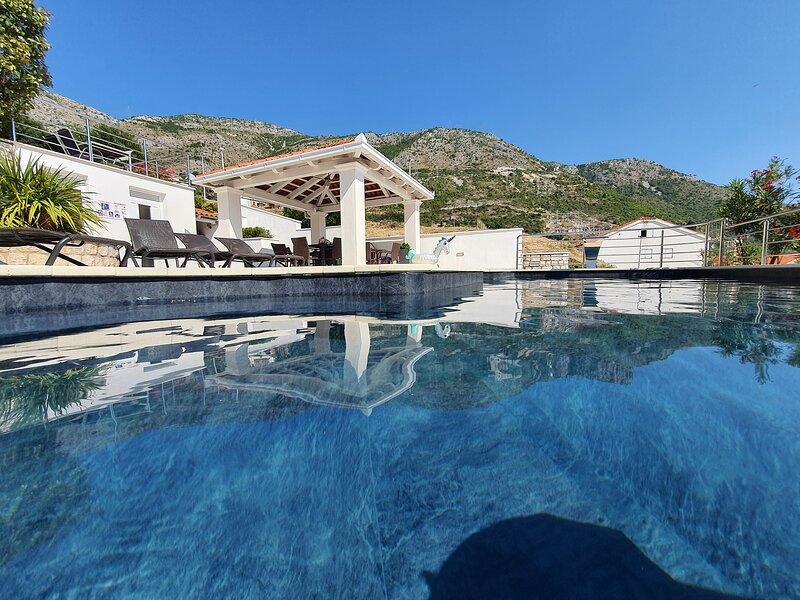 Villa Melita Dubrovnik, holiday rental in Plat