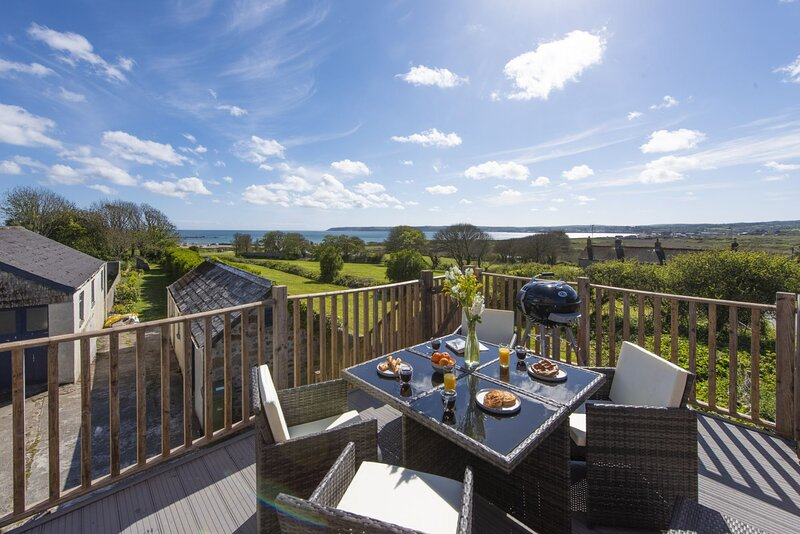 Greenfields Coach House, holiday rental in Marazion