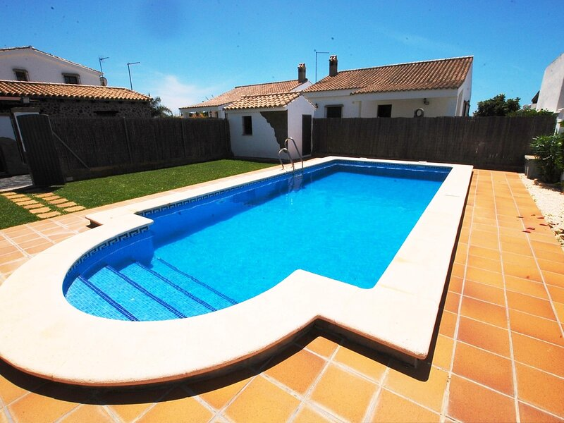 Villa shared pool I ONLY families and couples – semesterbostad i Fuente del Gallo