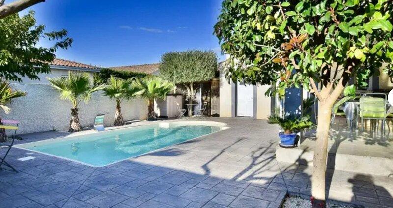 Villa piscine de la garrigue, holiday rental in Florensac