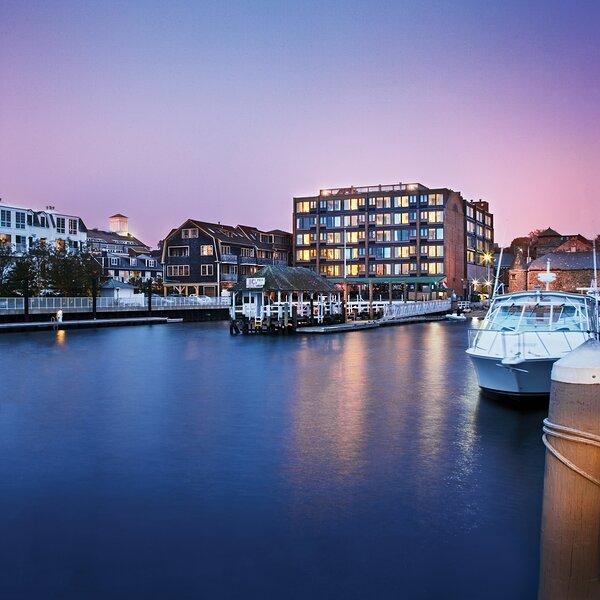 Wyndham Inn on the Harbor oceanfront suite, alquiler de vacaciones en Newport