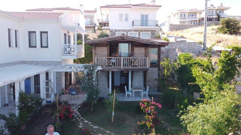 Cedar 1-Bed House, holiday rental in Palamutbuku