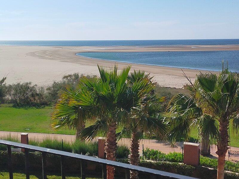 Piso primera línea de playa co, vacation rental in Ayamonte