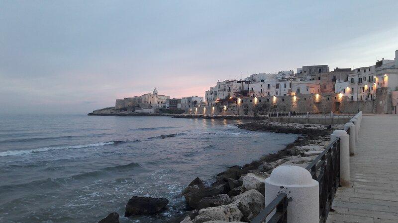 Casaliu casa vacanze Vieste dietro langolo il mare, quattro passi dal centro, holiday rental in Chiesiola