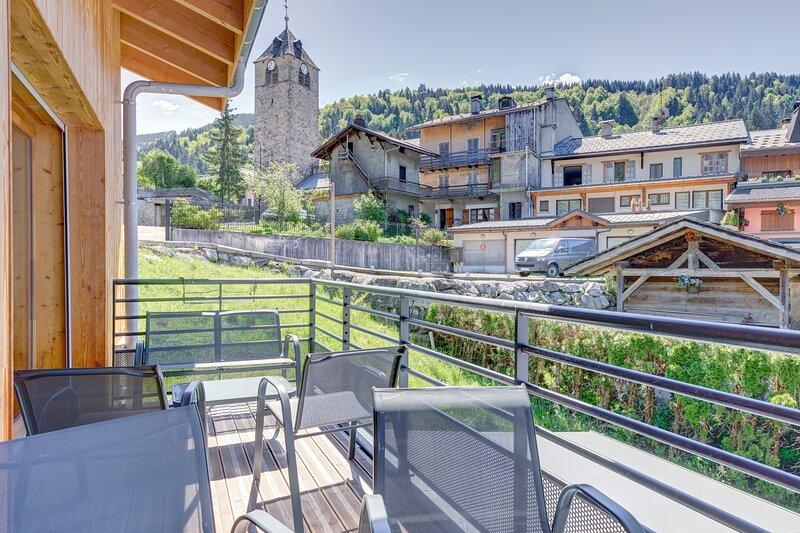 La Poudreuse - Duplex avec balcon vue montagne - Flumet, holiday rental in Flumet