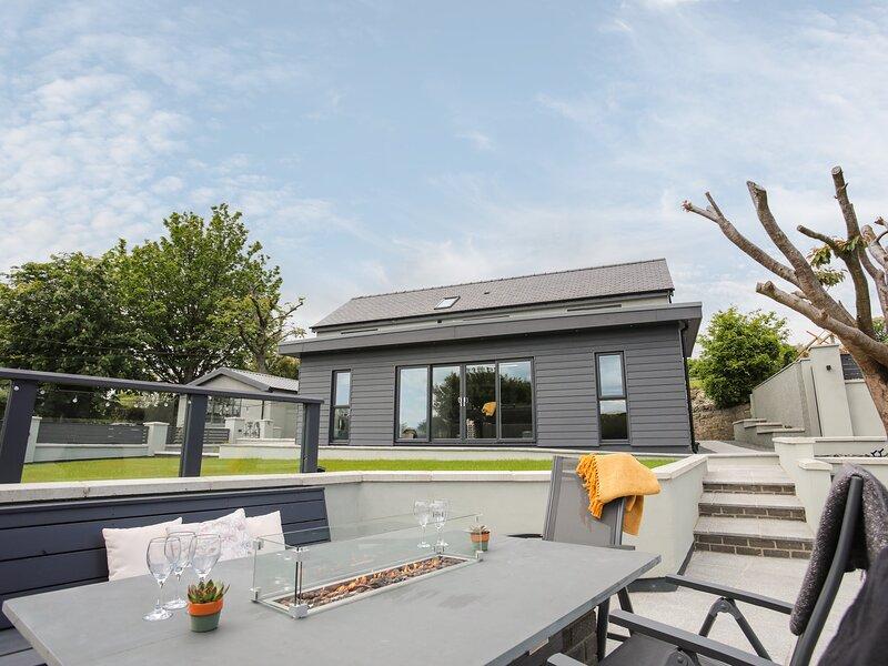 Maes Llwyd, Benllech, holiday rental in Llanbedrgoch