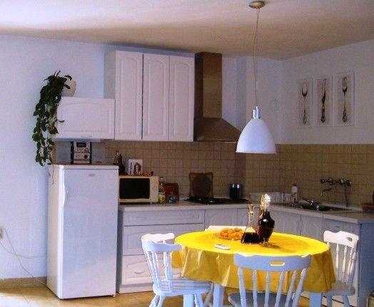 Apartments Svjetlana, casa vacanza a Prvic