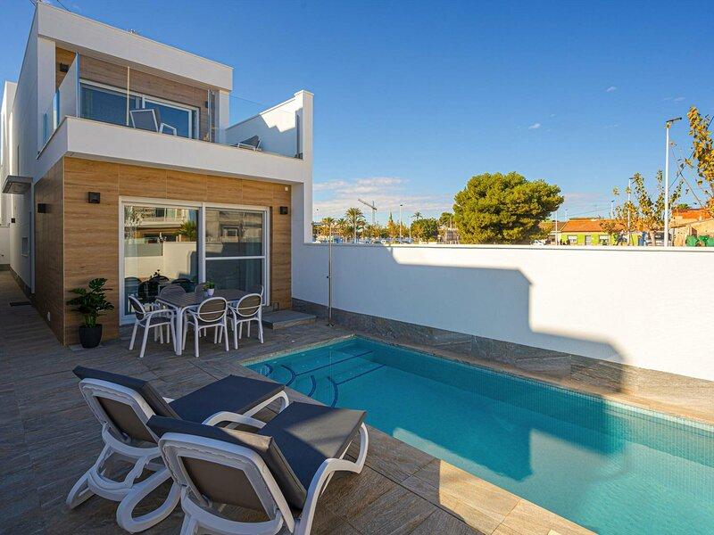 Location Maison San Pedro del Pinatar, 4 pièces, 6 personnes, vacation rental in Romero