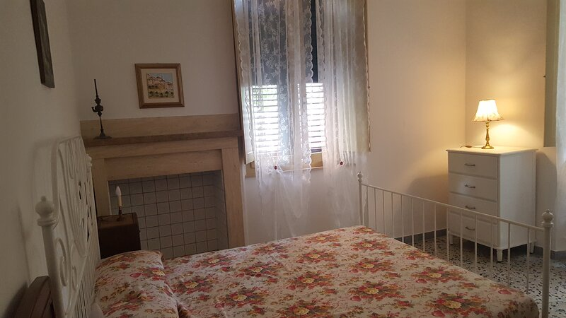 Appartamento vicino al mare con giardino, location de vacances à Grottammare