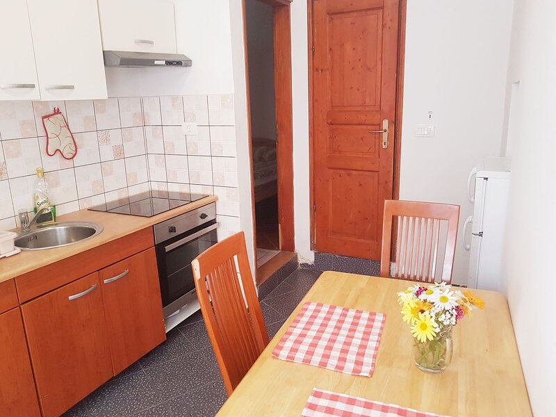 Piran Old Town Hide-Out By Sea, holiday rental in Piran
