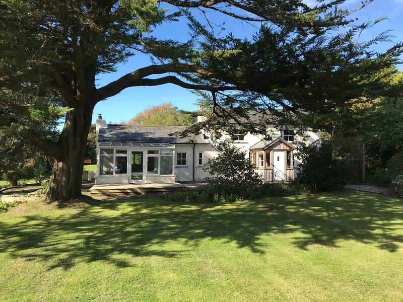 Otterburn House, Bude, location de vacances à Lynstone
