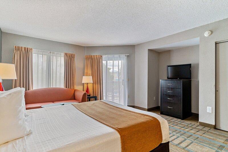 Near Universal Studios - Studio Condo With Private Balcony, casa vacanza a Windermere