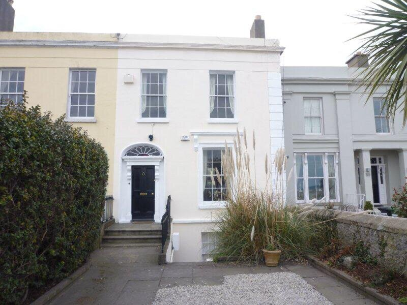Stunning Victorian House on Sandymount Strand, holiday rental in Howth