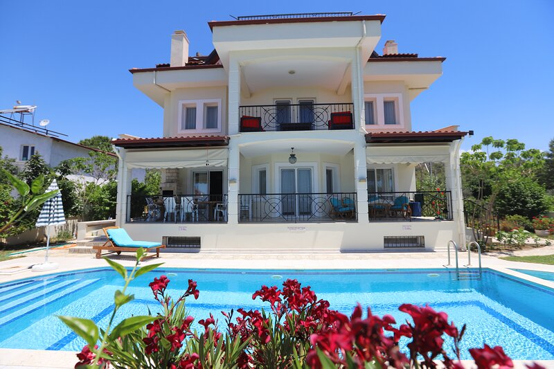 VILLA RUYA, private villa with own pool and sea views., holiday rental in Fethiye