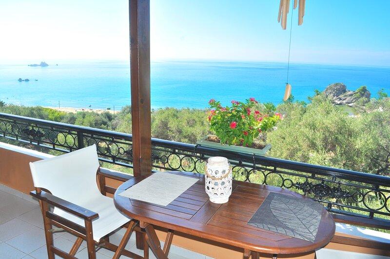 Studio Apartment Papadatos - Pelekas Beach, Corfu, holiday rental in Avramis